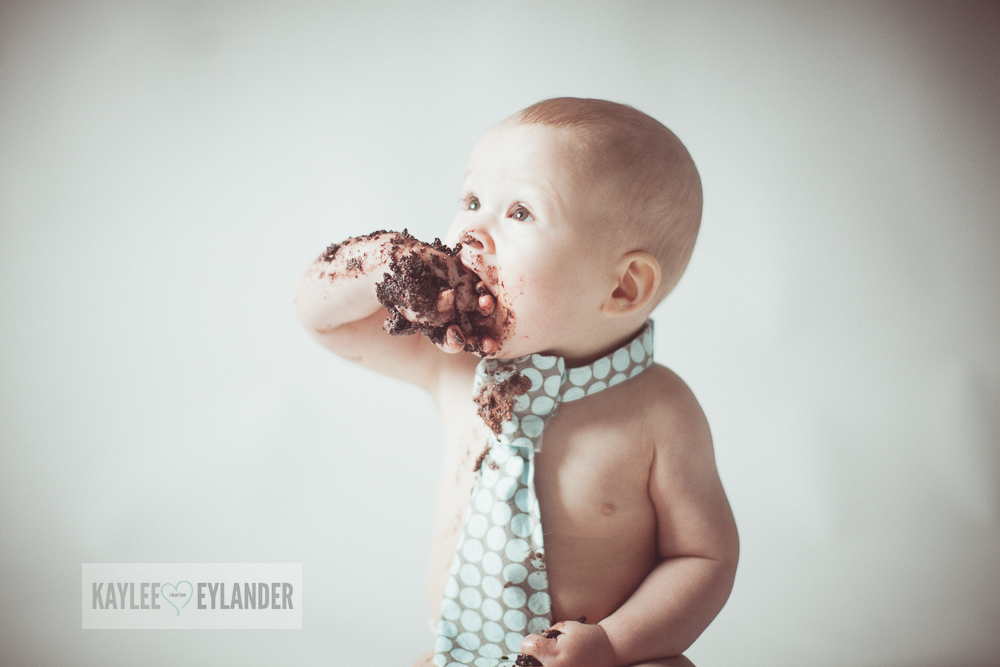 Cake Smash 1 year birthday kaylee eylander 18 Cake Smash | Lake Stevens Baby Photographer