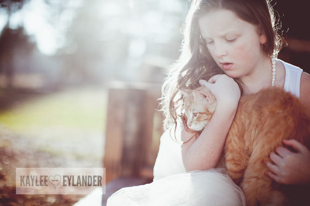 Lake Stevens Childrens Photographer Kaylee Eylander Photography 10 A girl and her cat | Kaylee Eylander Photography | Lake Stevens Childrens Photographers
