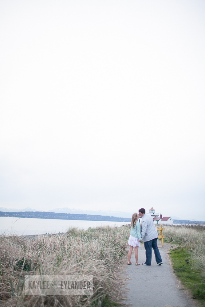 Maura Kyle 32 Discovery Park Engagement Session | Seattle Engagement Session