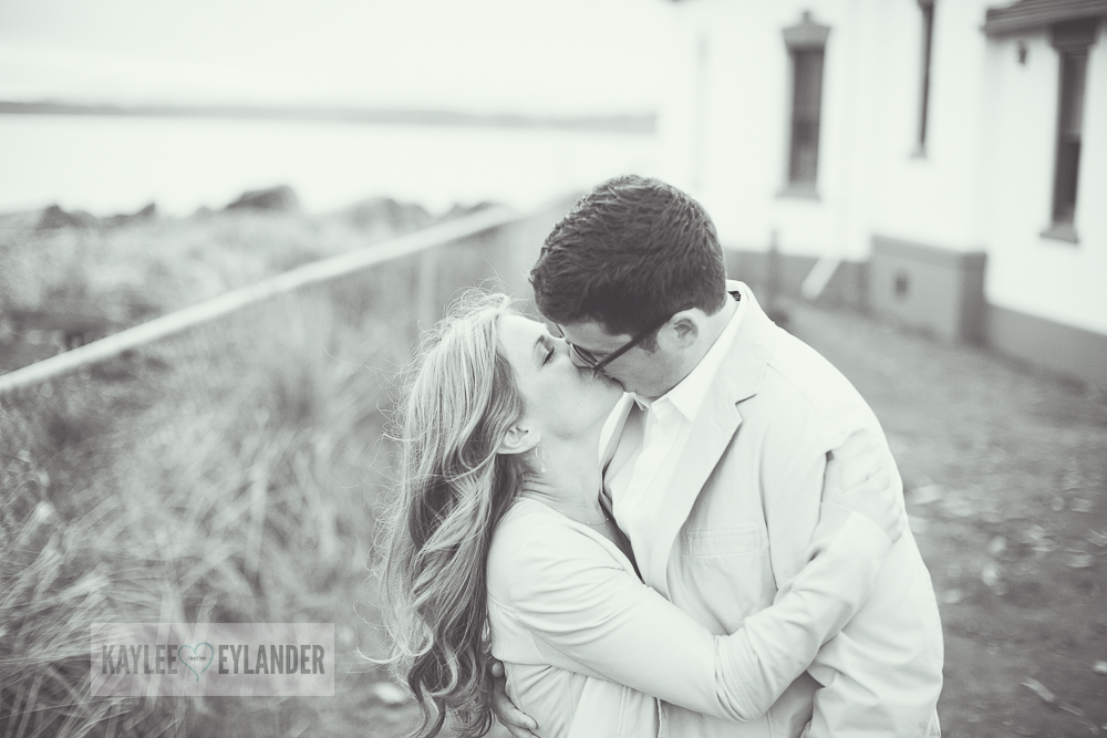 Maura Kyle 4 Discovery Park Engagement Session | Seattle Engagement Session
