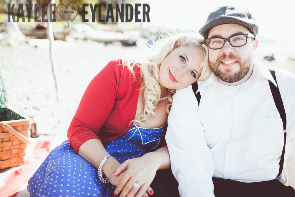 MG 8489 Tri   Cities Wedding Photographer | Vintage Beach Engagement Session