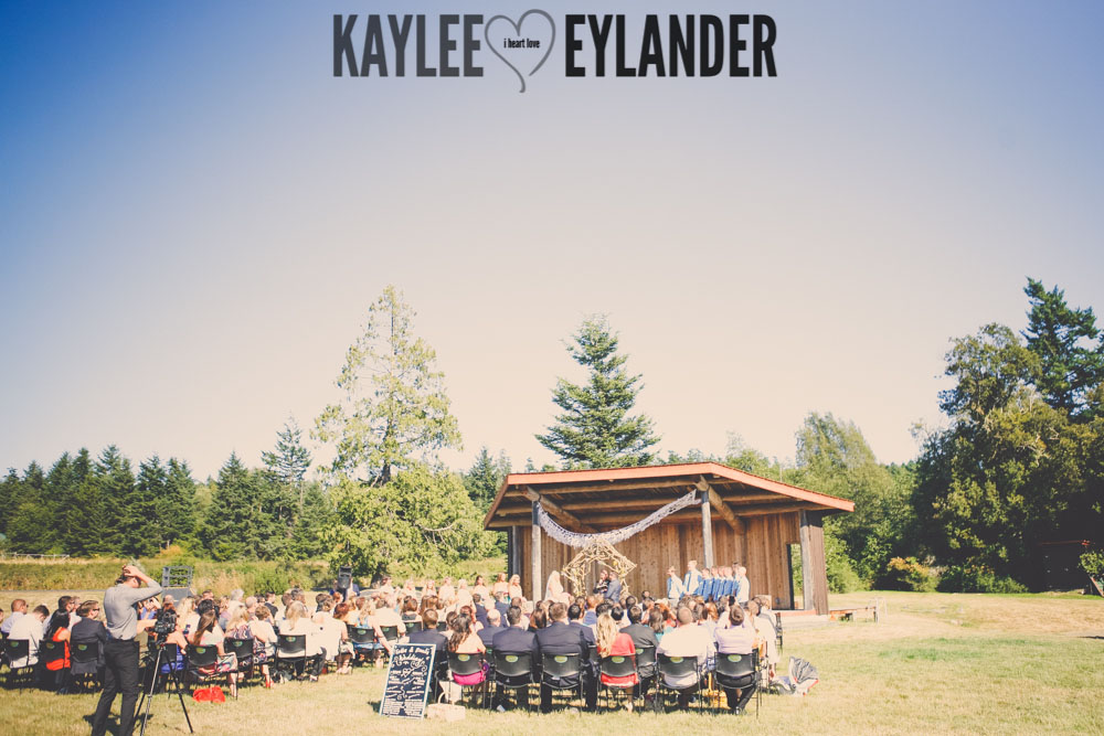 Lopez Island Community Center Wedding 34 Lopez Island Community Center Wedding | Turquoise & Pink DIY...my fave!