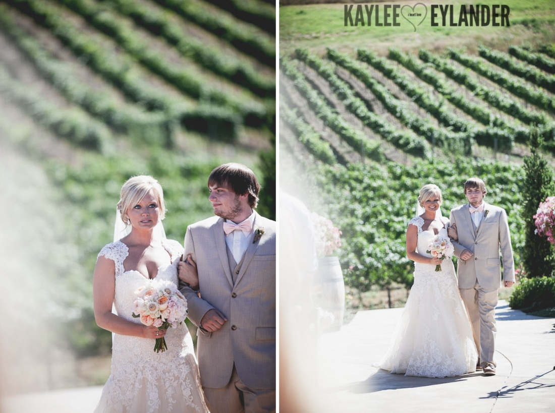 Tsillan Cellars Wedding 102 1100x819 Tsillan Cellars & Karma Vineyards Wedding | Lake Chelan Wedding Photographer