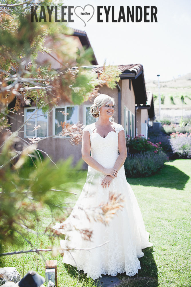 Tsillan Cellars Wedding 29 Tsillan Cellars & Karma Vineyards Wedding | Lake Chelan Wedding Photographer