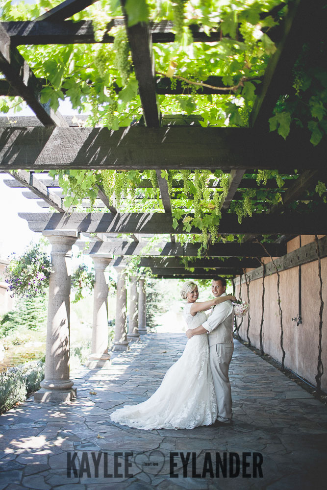 Tsillan Cellars Wedding 76 Tsillan Cellars & Karma Vineyards Wedding | Lake Chelan Wedding Photographer