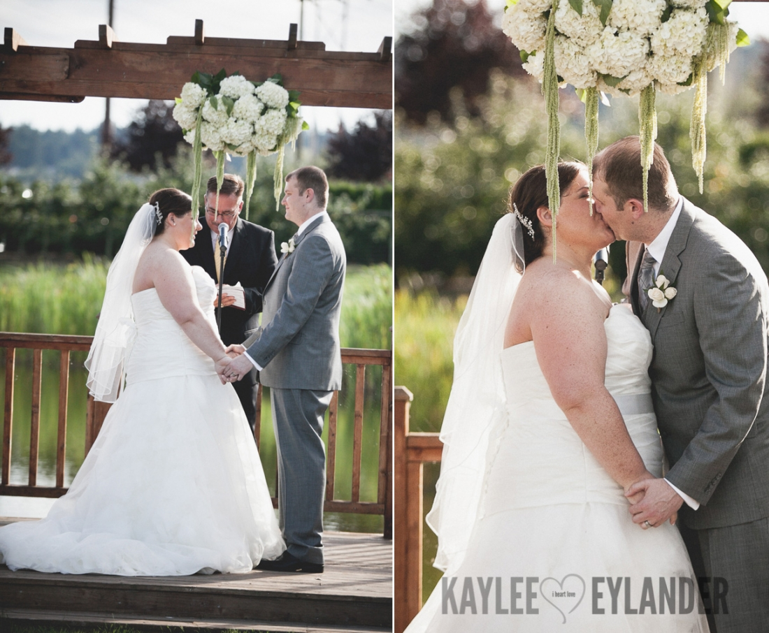 Swans Trail Farm Snohomish Wedding 103 1100x906 Swans Trail Farm Wedding | DIY Farm Wedding