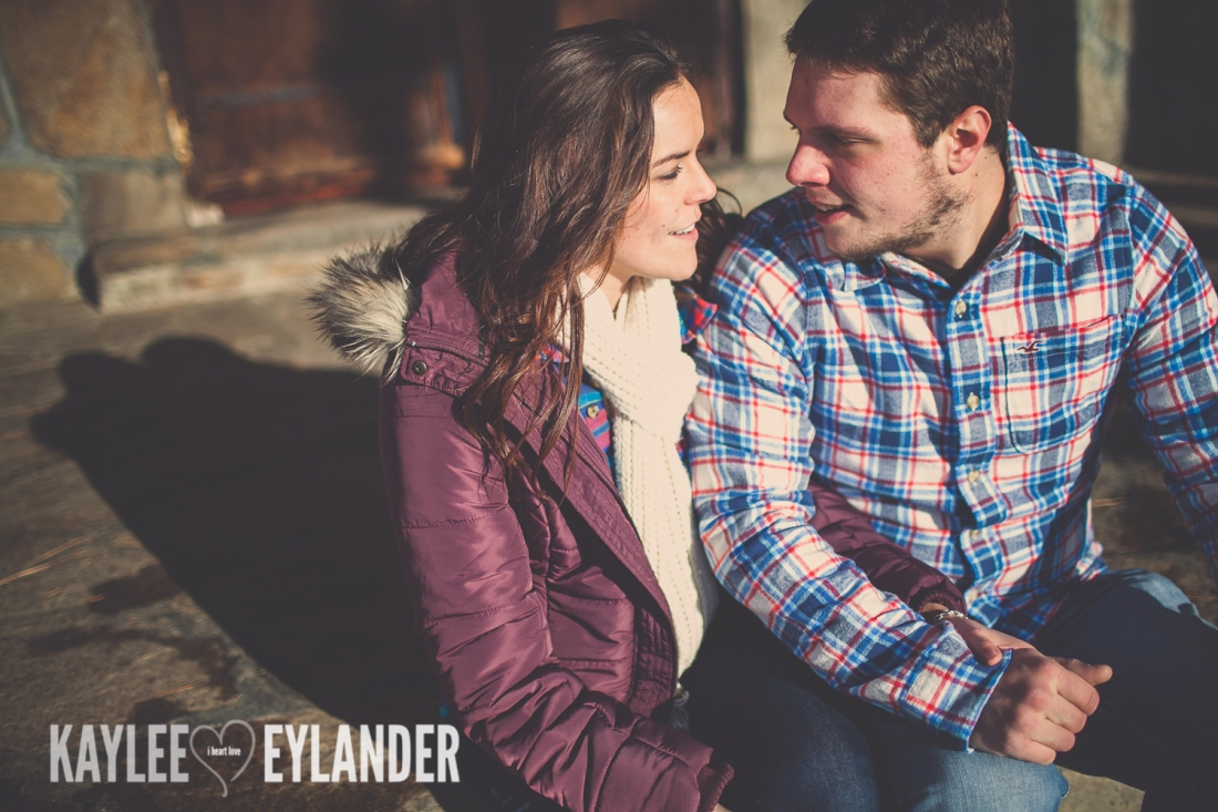 Angelika Evan 38 1100x733 Angelika & Ethan | Leavenworth Engagement Session