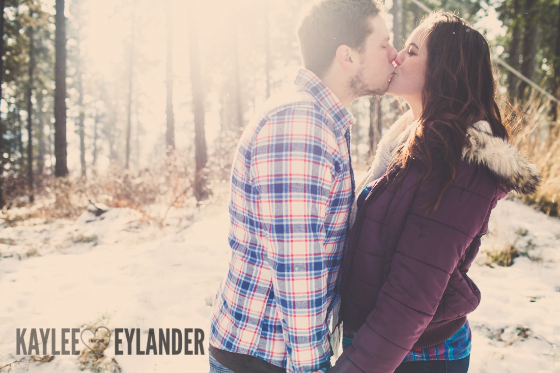 Angelika Evan 44 1100x733 Angelika & Ethan | Leavenworth Engagement Session