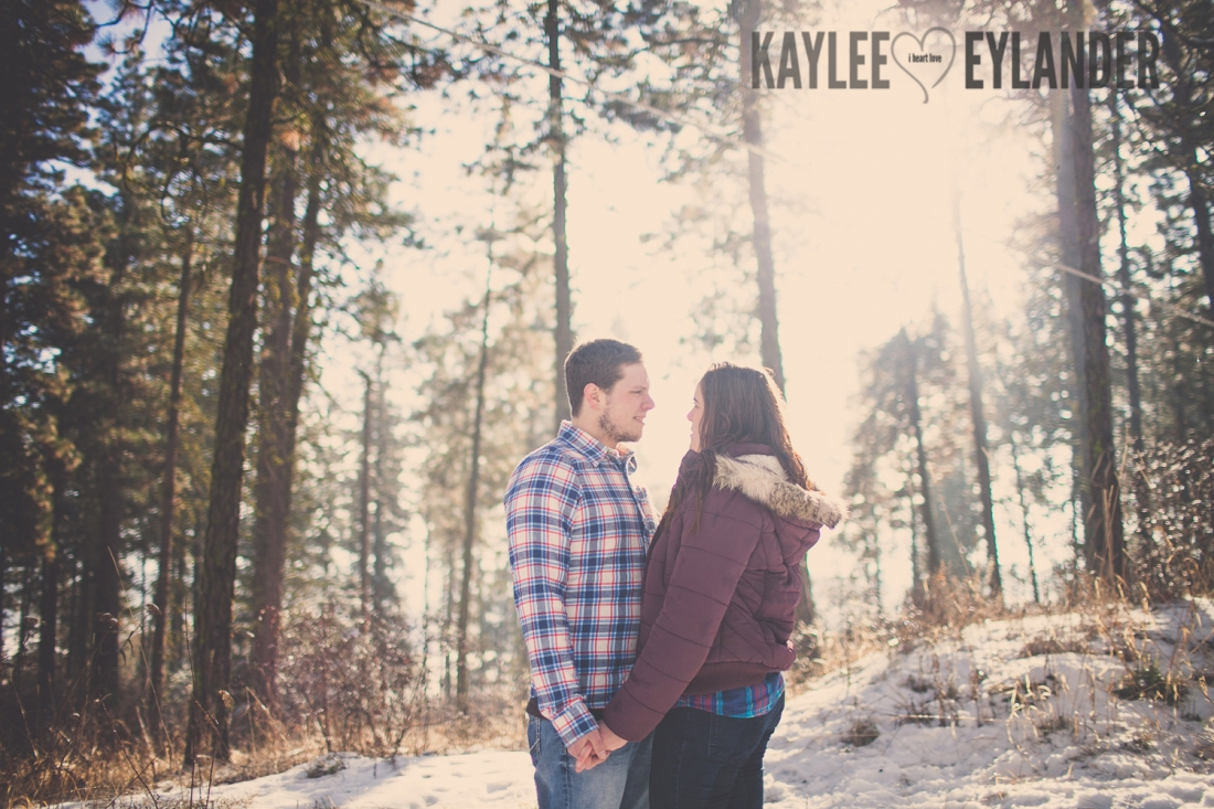Angelika Evan 46 1100x733 Angelika & Ethan | Leavenworth Engagement Session