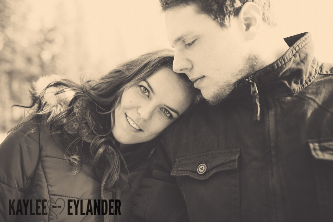 Angelika Evan 6 1100x733 Angelika & Ethan | Leavenworth Engagement Session