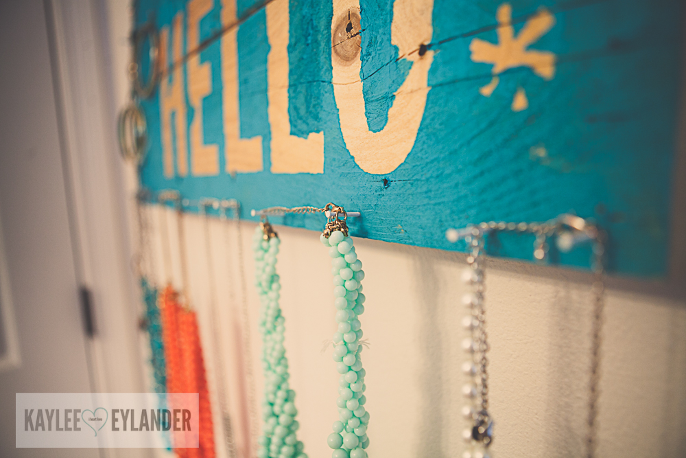 DIY Pallet Jewelry Holder 3 Diy Pallet Jewelry Holder | DIY Reclaimed wood