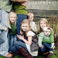 002 families kiddos 200x200 Family Rocks! | Summer Family Portraits Special