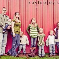 003 families kiddos 200x200 Family Rocks! | Summer Family Portraits Special