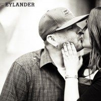 Seattle Space Needle Engagement Photographer 18 200x200 Golden Gardens Engagement Session