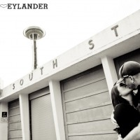 Seattle Space Needle Engagement Photographer 3 200x200 Golden Gardens Engagement Session